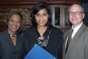 WSAV Anchor Kim Gusby (left) and GHS President & CEO Dr. W. Todd Groce (right) with the 2007 Black History Month Essay and Public Speaking contest winner, Eleanor Marchant (center).