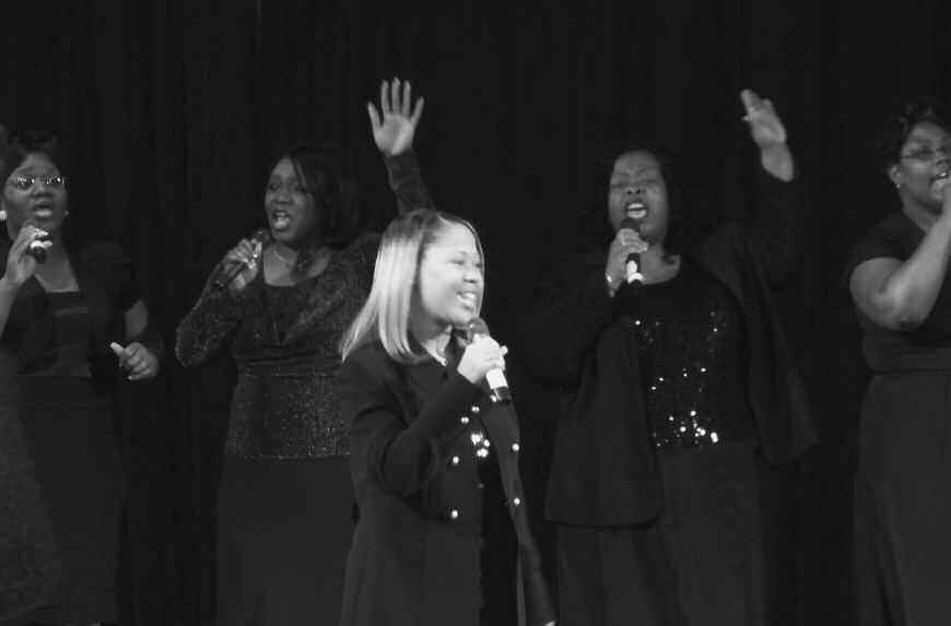 Lori Lewis and High Praise perform on Bobby Jones Gospel Showcase