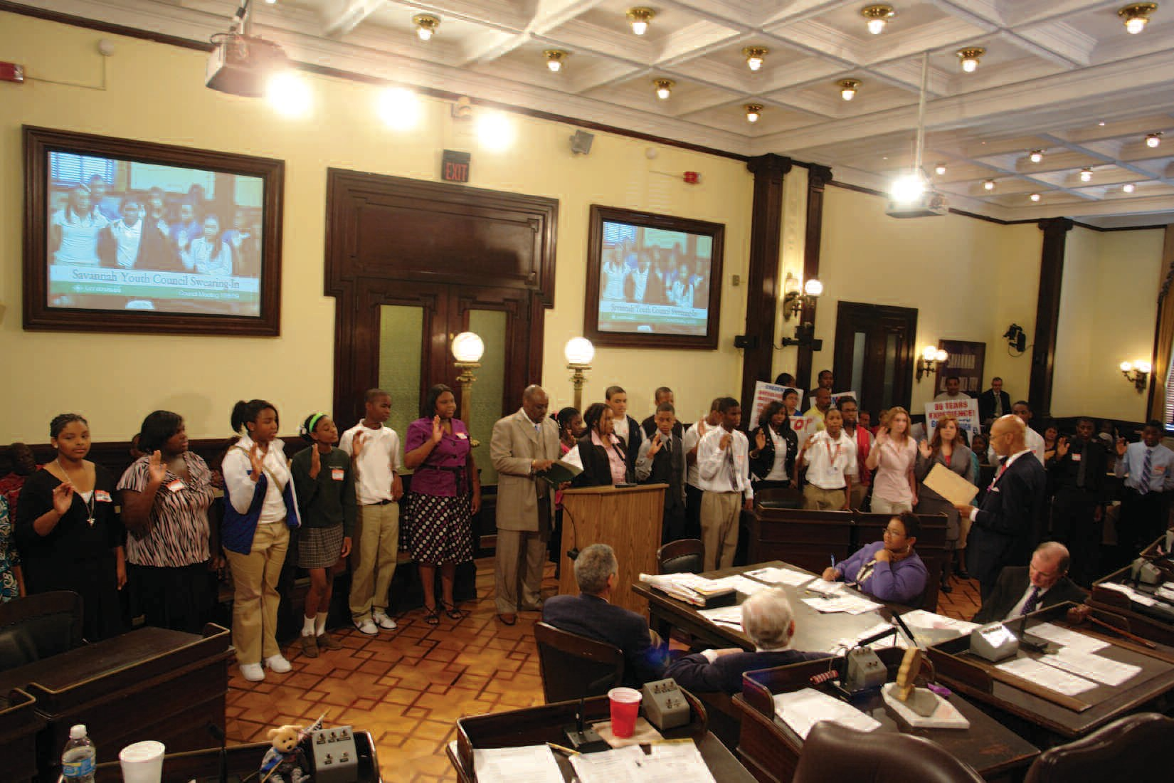 Members of the Savannah Youth Council being sworn in by Mayor Otis Johnson
