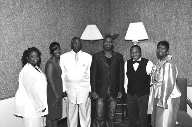 Contestants are pictured with recording artist Earnest Pugh. Photo courtesy of Upscale Images