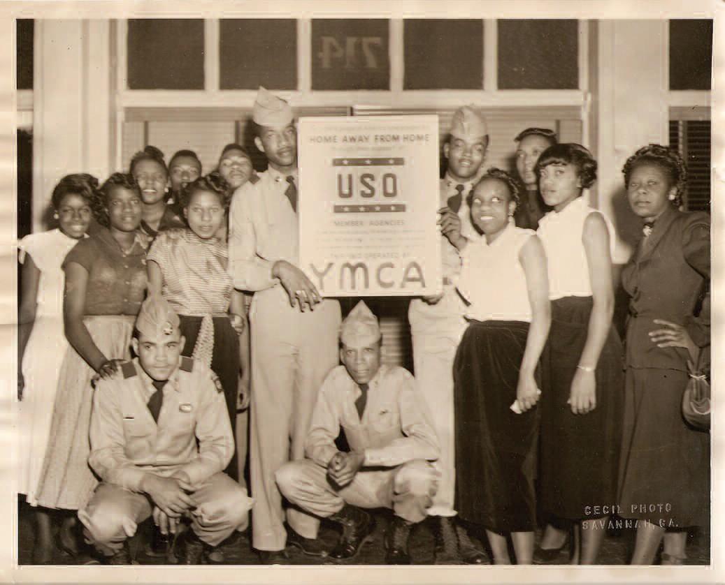 Members of the USO opened around 1943