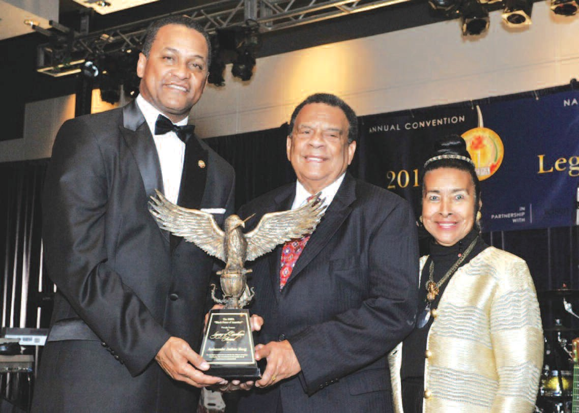 Ambassador Andrew Young (center) Accepts Legacy Award from NNPA Chairman Cloves Campbell, Jr. (left) and Xernona Clayton (right). NNPA Photo by Freddie Allen