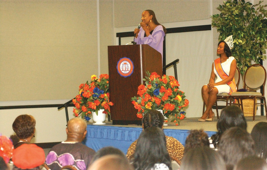 Susan L. Taylor speaks to students