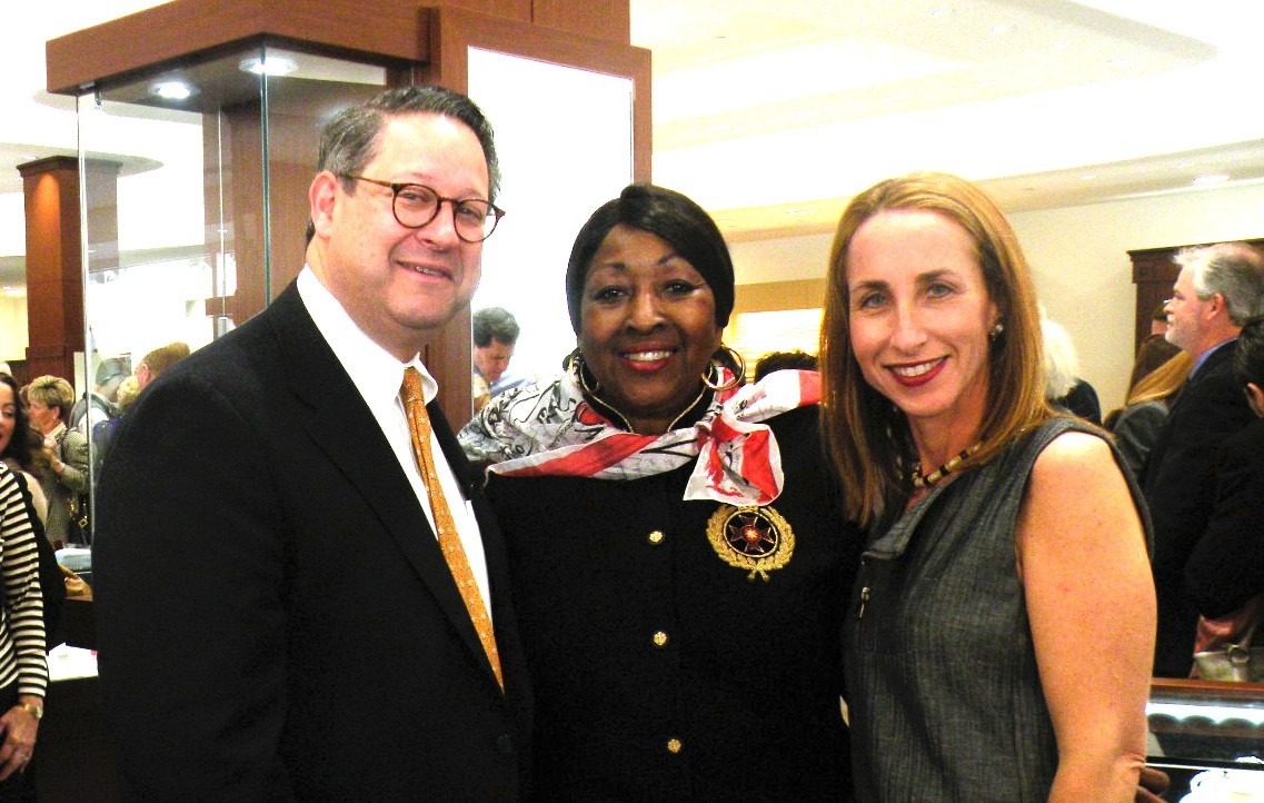 Lowell Kronowitz and Wife Hilary shown with Mayor Edna Jackson at Grand Opening Reception.