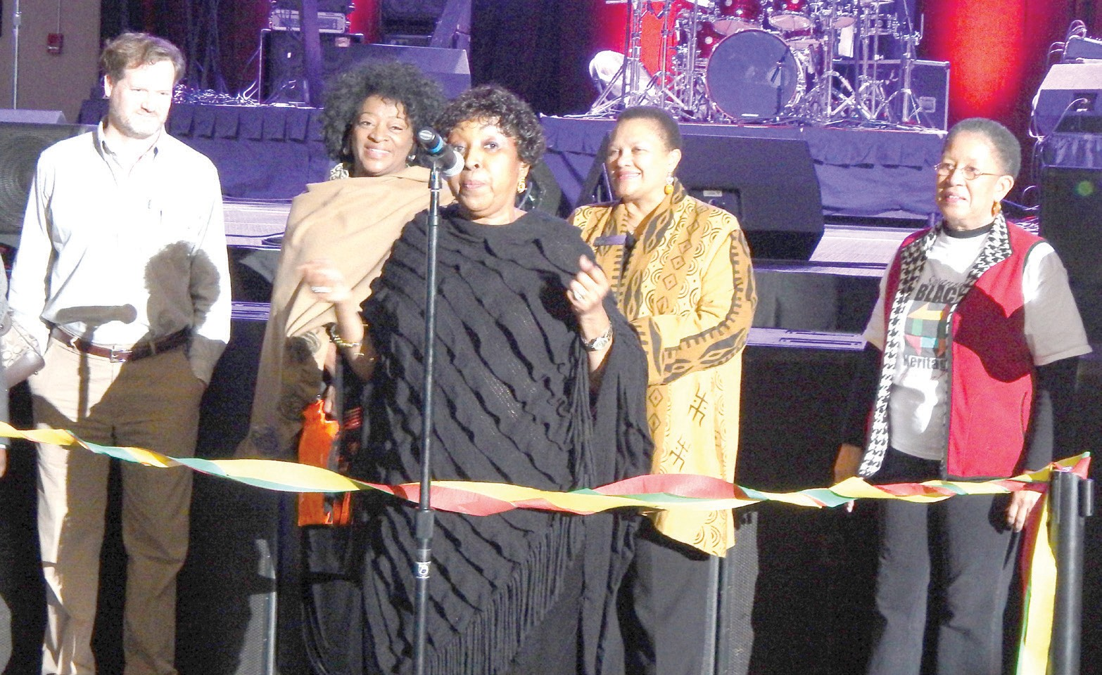 (L-R) Raymond Gaddy, Cultural Arts Commission Chairman; Dr. Tonea Stewart, actress; Mayor Edna Jackson, Dr. Cheryl Dozier, SSU President and Shirley B. James, BHF Chairman prepare for ribbon cutting of Grand Festival Day.
