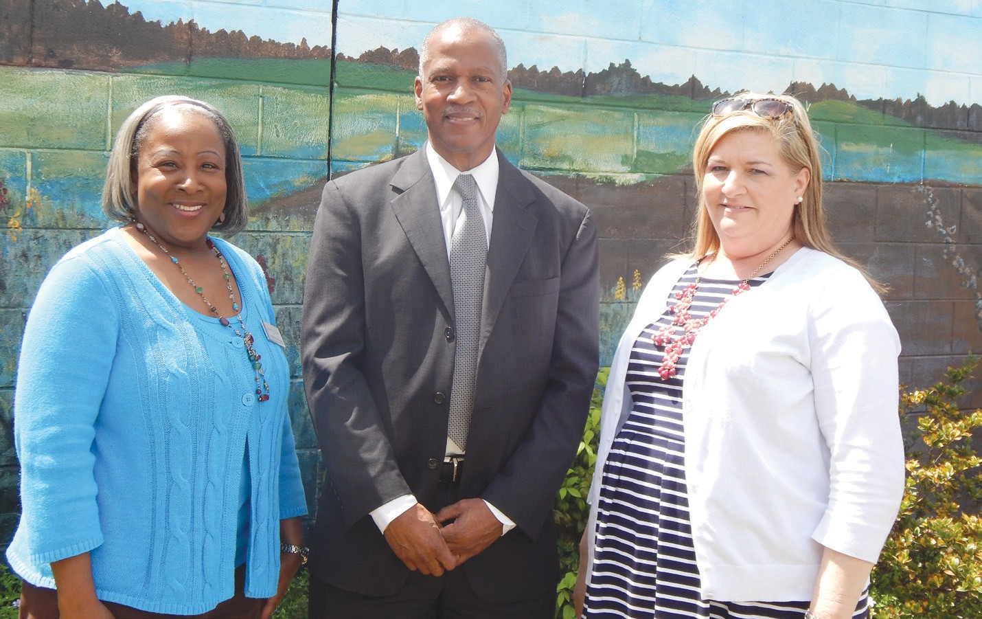 Union Mission new Executive Director Steve Allison (center) shown with Patricia Patterson, Employment Services (left) and Jeanette Ortiz-Andreou, Emergency Services Manager (right)