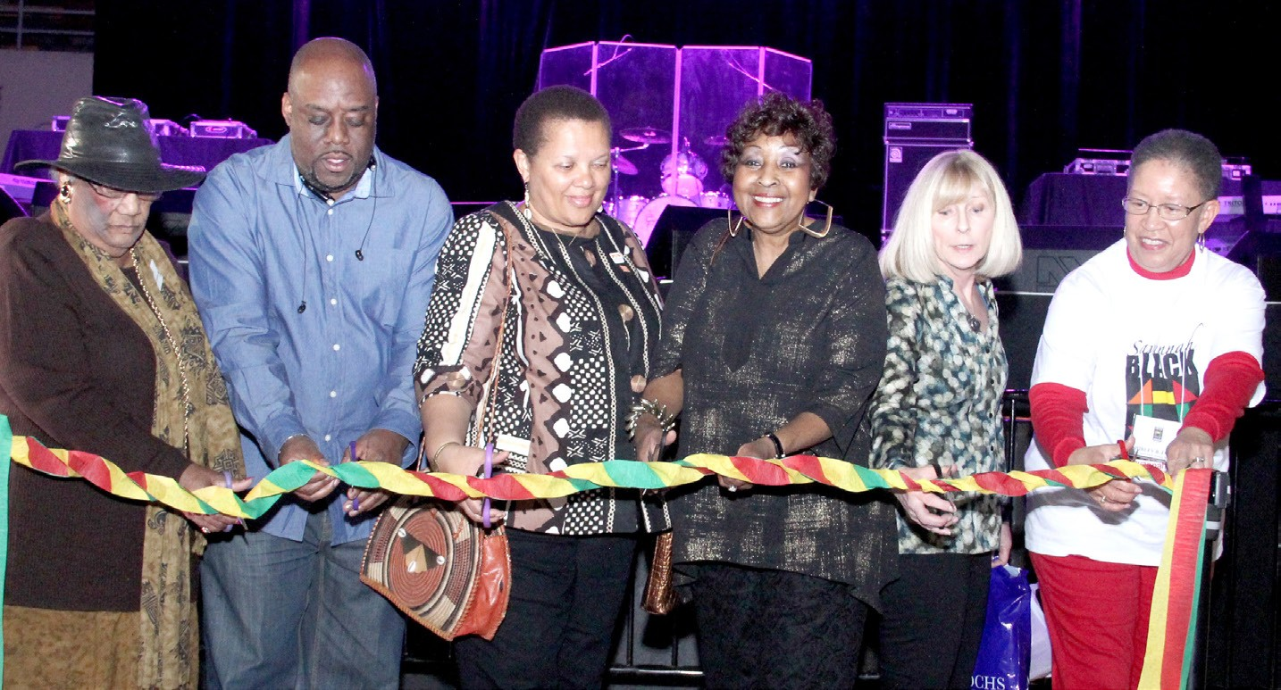 Local dignitaries, including Mayor Edna Jackson, participate in Grand Festival Day Ribbon cutting