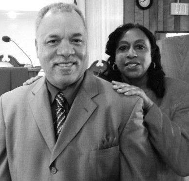 Pastor Anthony L. Maxwell and First Lady Renee Maxwell