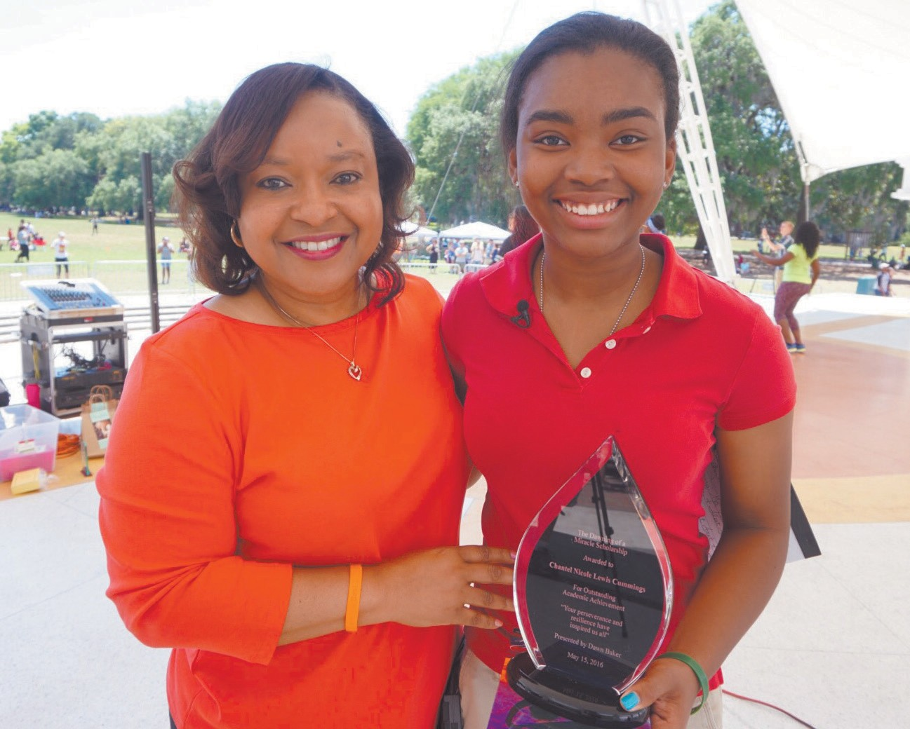 l-r: Dawn Baker and Chantel Nicole Lewis Cummings (Scholarship Recipient)