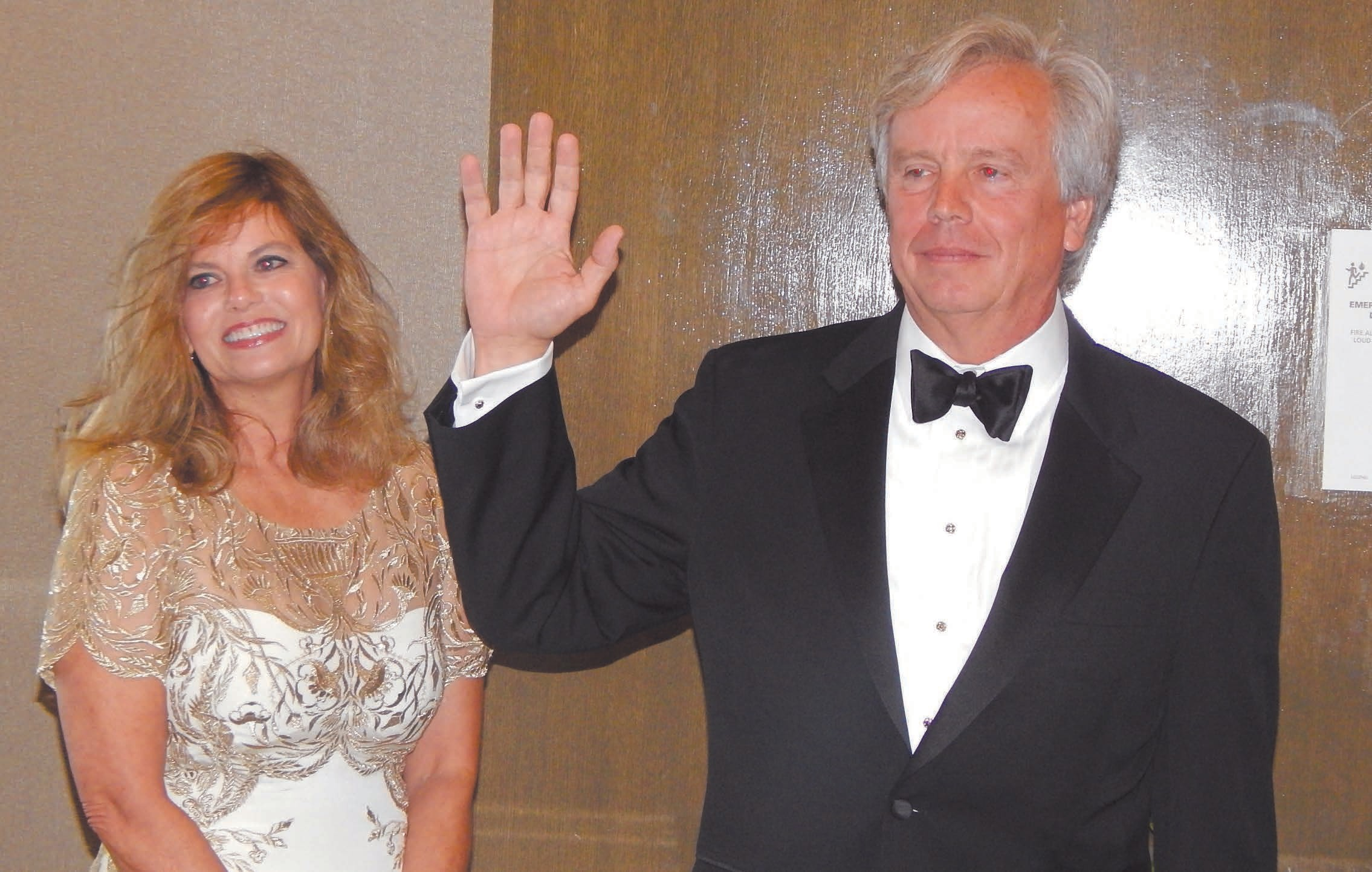 Lamar Smith was installed as HBAG President and his wife Edie looks on